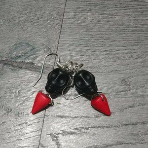 Jewelry - Black Skull Red Spike Howlite Stone Bead Earrings